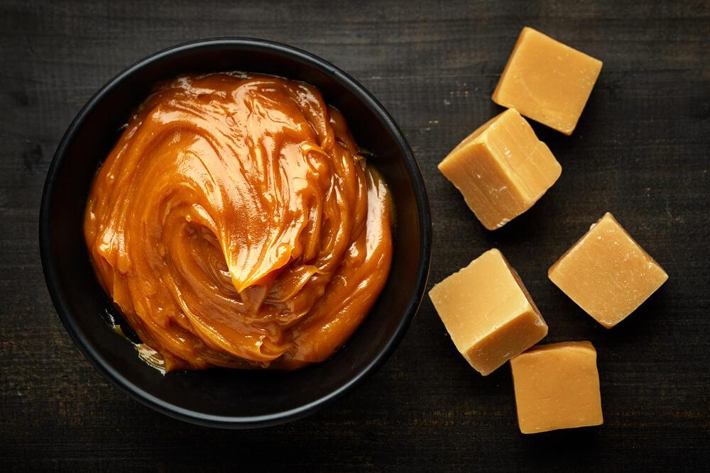 Caramel Makhana Recipe (Gur Makhana, Jaggery Makhana)